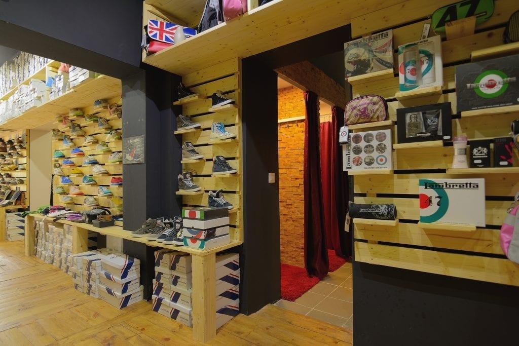 Design Interior Comercial Magazin