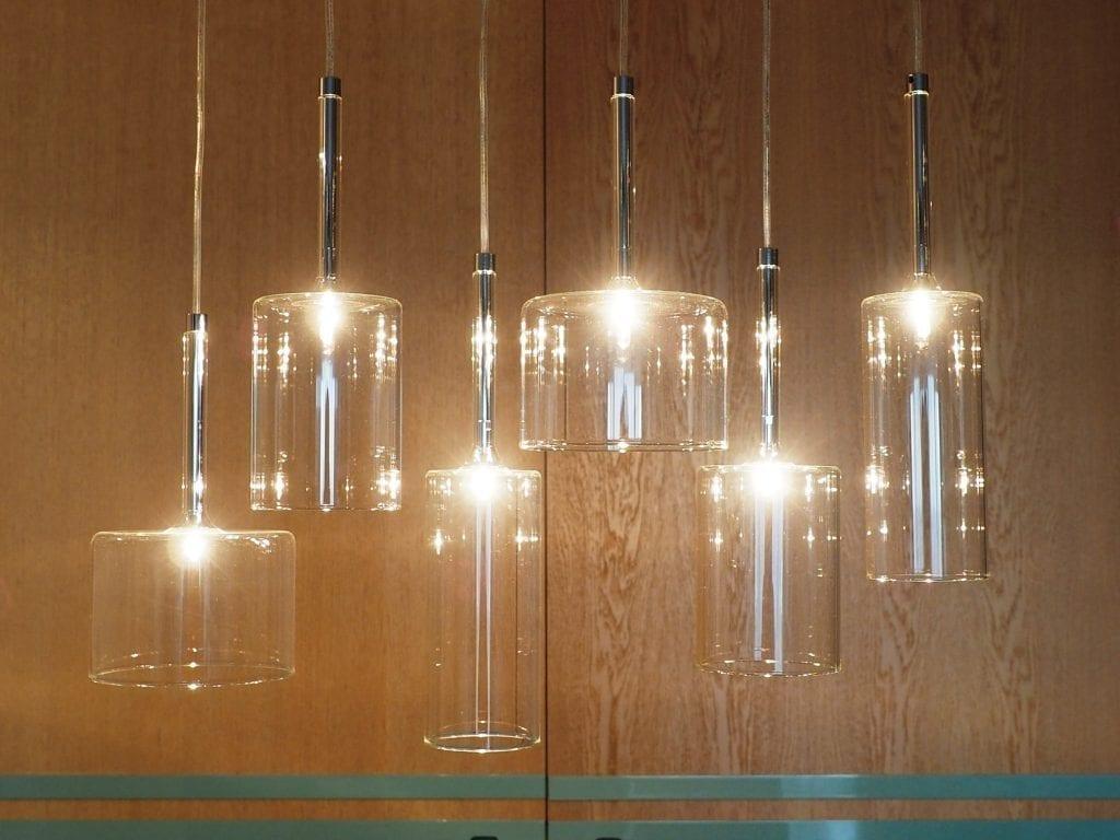 Design interior rezidential jocuri lumini